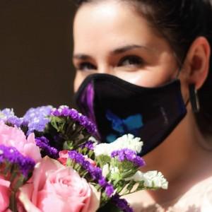 """Odsjaj u beskraju od stakla... 💜✨ ____________________ Zaštitna maska za lice """"Jedan dan, jedna noć"""" #shop #now  . . #dinomerlinquotes #dinomerlinstihovi #citatioljubavi #ljubavnistihovi #balkancitati #najljepsicitati #balkanquotes #emocije #tekstovi #balkanskicitati #ljubavnicitati #sarajevo #bosniaandherzegovina #bascarsija #visitsarajevo #sarajevobosnia #bosnia #bosnaihercegovina #bih #madeinbih #idejezapoklon #poklon #pokloni #idejazapoklon #poklonizarodjendan #poklonzadjevojku #dinomerlin"""